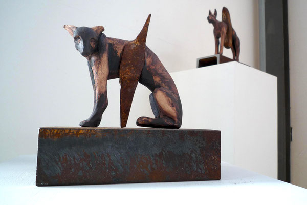 Hammerhund  (Keramik, Eisen, 2010)
