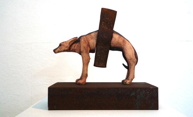Hammerhund  Gürteltier (Keramik, Eisen, 2010)