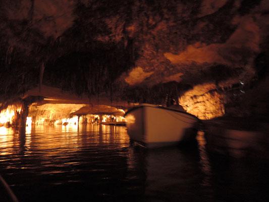 """grotte """"Coves del Drach"""" (côte Est)"""
