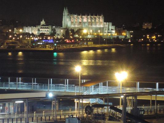 Cathédrale de Palma et le Palais des rois de Majorque