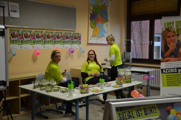 Das freiwillige soziale Jahr (FSJ) oder der Bundesfreiwilligendienst(BFD) kann in dieser Einrichtung geleistet werden.
