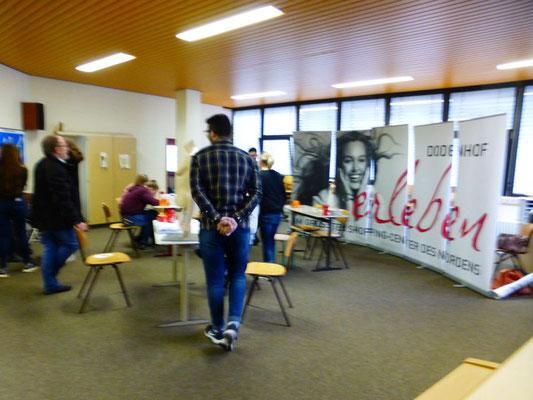 """Dodenhof """"Die Einkaufsstadt"""" in unserer Region  mit unterschiedlichen Ausbildungsmöglichkeiten."""