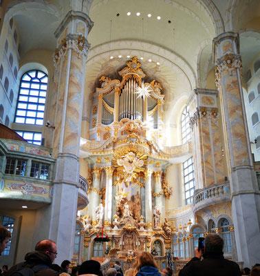 Die Frauenkirche von innen