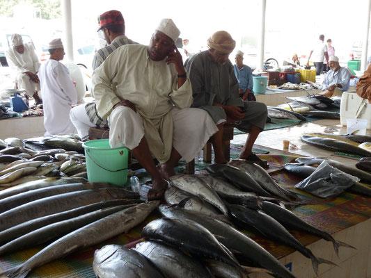 Tote Fische, müde Fishermen