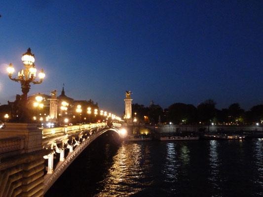 Pont Alexandre III - nachts