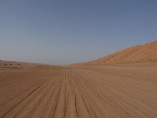 Unsere Spuren im Wüstensand