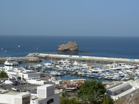 Blick auf Yachthafen