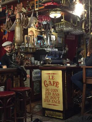 """Le café du coin d'en bas de la rue du bout de la ville d'en face du port"" - oder kurz: Java Café"