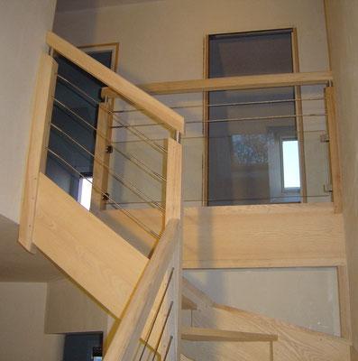 escalier bois verre métal