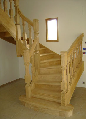 escalier traditionnel bois