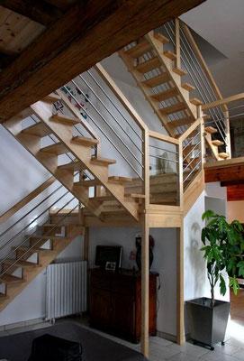 escalier moderne bois