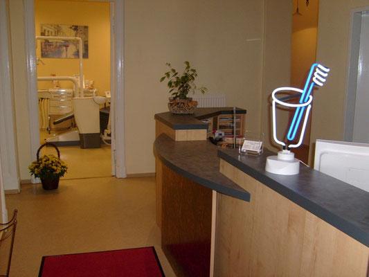 Eingangsbereich Zahnarzt Lichterfelde