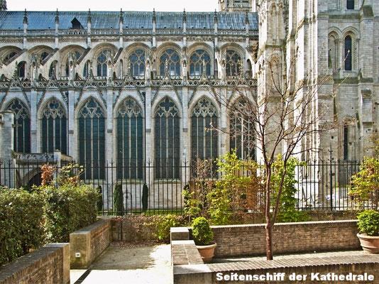 Bas-côté de la cathédrale Notre-Dame de Rouen