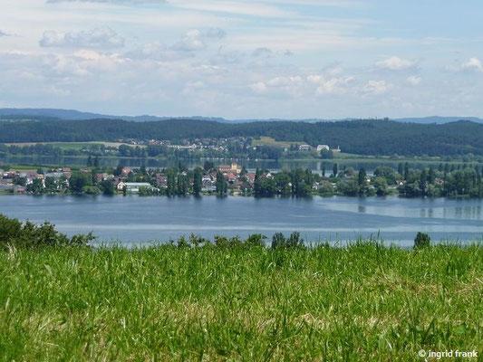 Blick auf die Insel Reichenau mit Kirche St. Georg