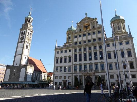 Rathaus und Perlachturm mit St. Peter