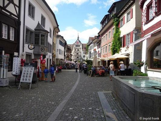 In Stein am Rhein mit Blick nach Westen zum Untertor