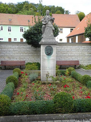 Scheffel-Denkmal