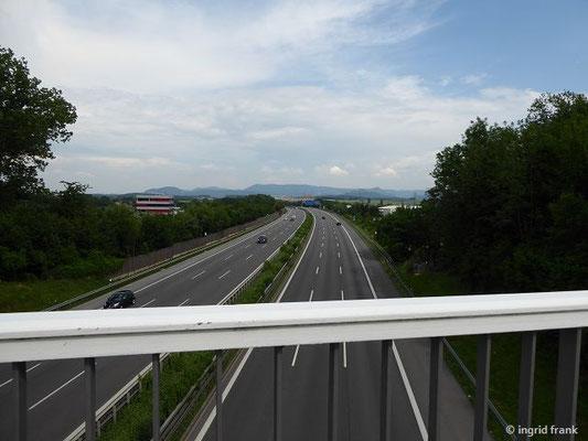 Autobahn Richtung Schwäbische Alb