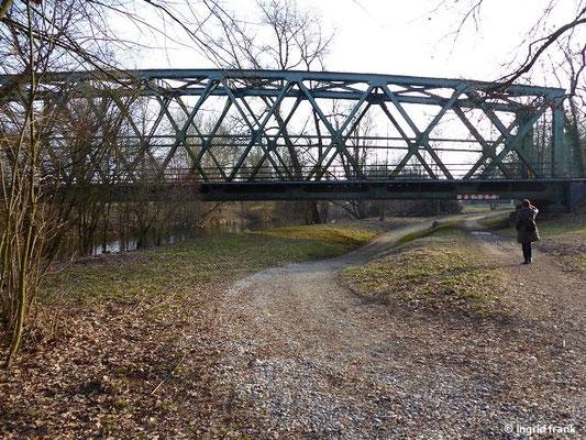 Eisenbahnbrücke bei Langenargen über die Argen