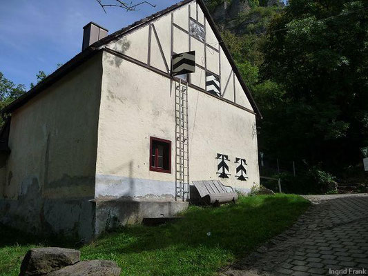 Kunst unterhalb der Burg Hohenkrähen