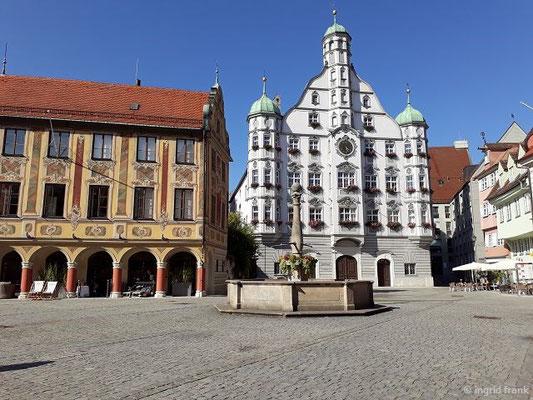 Rathaus und Steuerhaus