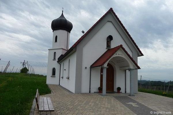 Die hofeigene neuerbaute Kapelle des Brauereigasthofs Schöre
