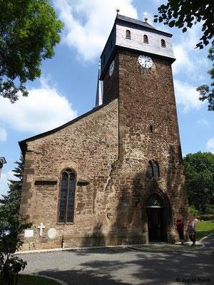 St. Veits-Kirche in Wünschendorf, die älteste Kirche des Vogtlands