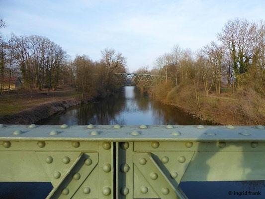 Blick argenaufwärts von der Hängebrücke