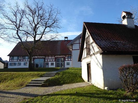 Blitzenreute, Dorfgemeinschaftshaus und Backhäusle