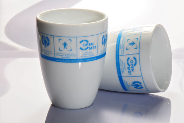 Porzelan Kaffee Becher bedruckt.