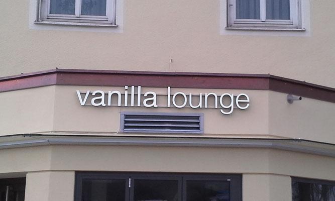 LED Buchstaben Frontleuchter vanilla Lounge München