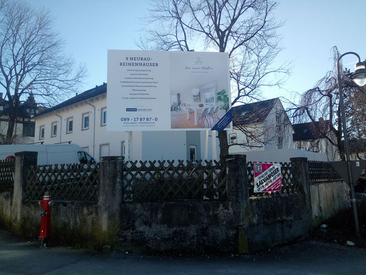 Bautafel Weilheim Holzkonstruktion 3x2m
