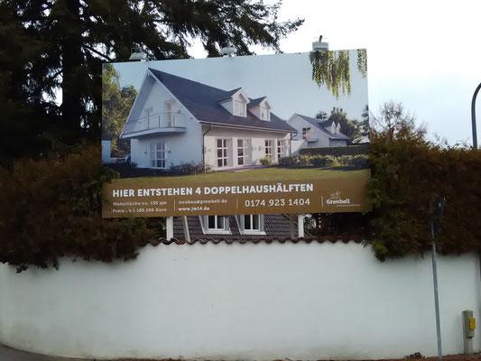 Holz Bautafel 5x3m beleuchtet München Grünwald
