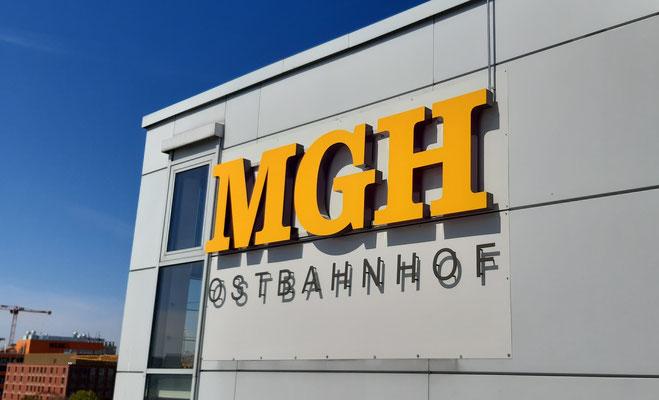 Profil 5s Leuchtbuchstaben MGH Ostbahnhof München