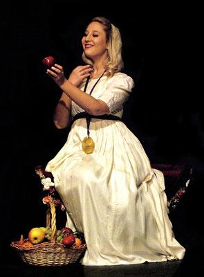Rôle de Fiordiligi, Così Fan Tutte de Mozart, Théâtre Mon Ami, Weimar, Allemagne, 2016