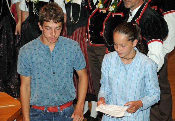Durchs Programm führten Sandro und Christa Schär