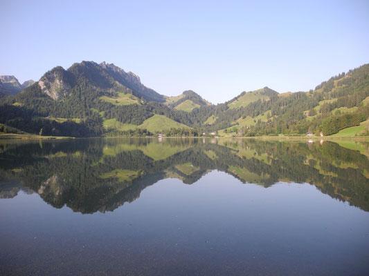 Der Schwarzsee am Morgen.
