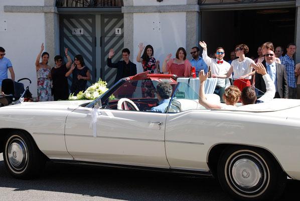 Hochzeitsfahrt mit Brautpaar in Lenzburg