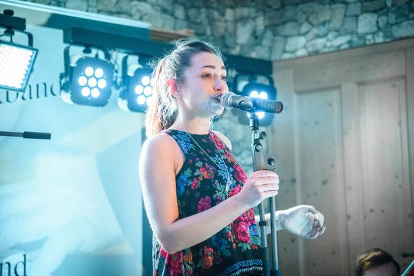 Musikband Nigth Sängerin Anna Hochzeit in Amberg
