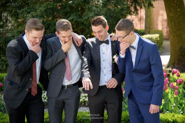 lustige und ausgefallene Hochzeitsfotos