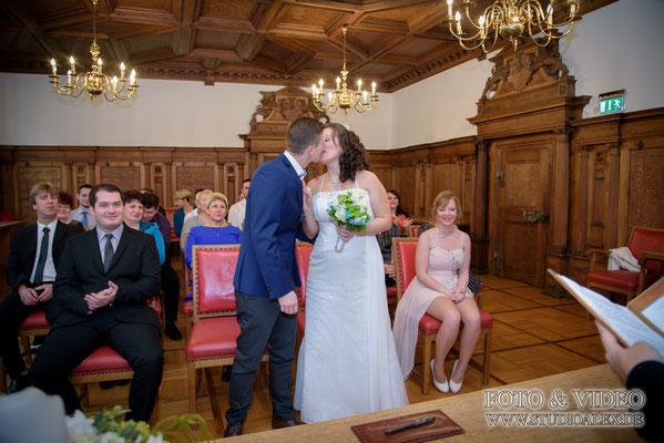 Hochzeitsfotografie standesamtliche Trauung in Amberg