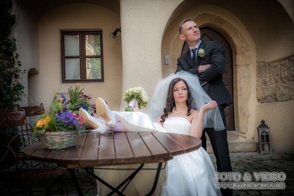 Jetzt kontaktieren und Hochzeitsfotograf für schloss Burg Wernberg Köblitz buchen