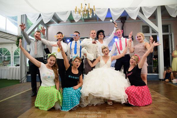 Musikgruppe Musikband Night Show Kostüme Spiele auf der Hochzeit in Regensburg