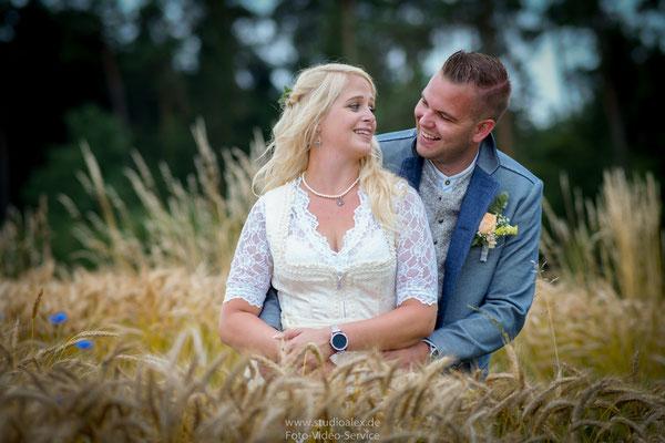 Hochzeitsfotograf Ursensollen bei Amberg, Hochzeitsfotografie Ursensollen und Umgebung, Hochzeit in Lederhosen Studio Alex Fotografie, Professionelle Hochzeitsfotos bei Amberg Sulzbach