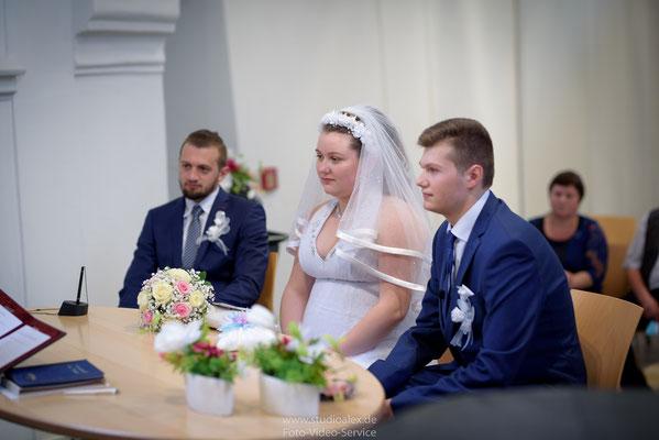 Hochzeitsfotografie in Spitalkirche Schwandorf