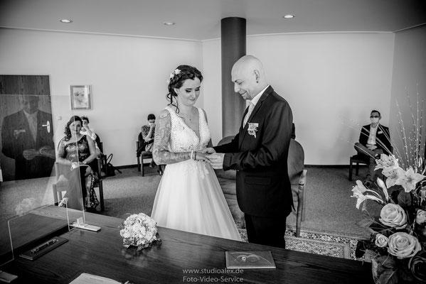 Hochzeitsringe wechsel im Standesamt Nürnberg