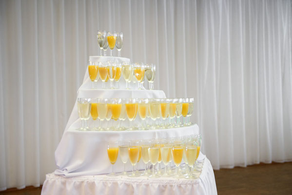 """Sektempfang Hochzeitsdekoration im Eventlocation """"Stella"""" ehemaliger Böhmfelder Hof"""