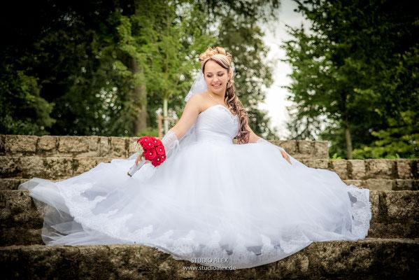 Die schöne Braut Julia