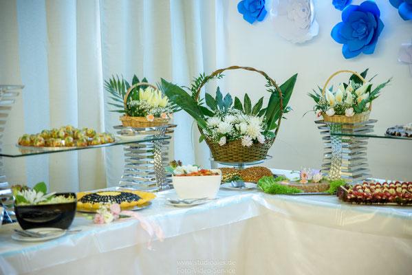 Dekoration Hochzeitsbüfett