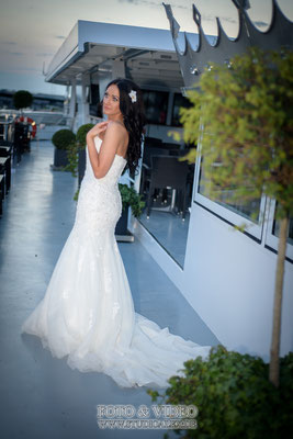 Das Brautfoto auf dem Schiff Kristallprinzessin in Regensburg